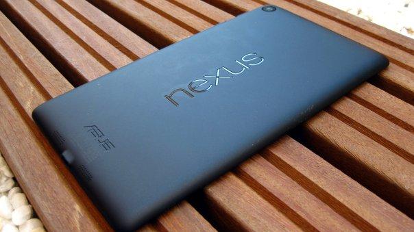 Nexus 7 (2013), diseño